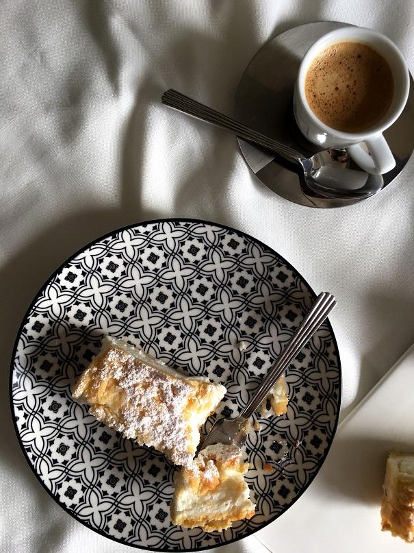 עוגת גבינה מהממת ללא גבינה (רק יוגורטושמנת)
